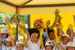 Andrea Bocelli Foundation colora Muccia Con Artolution